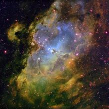 hubble-eagle-nebula-wide-field